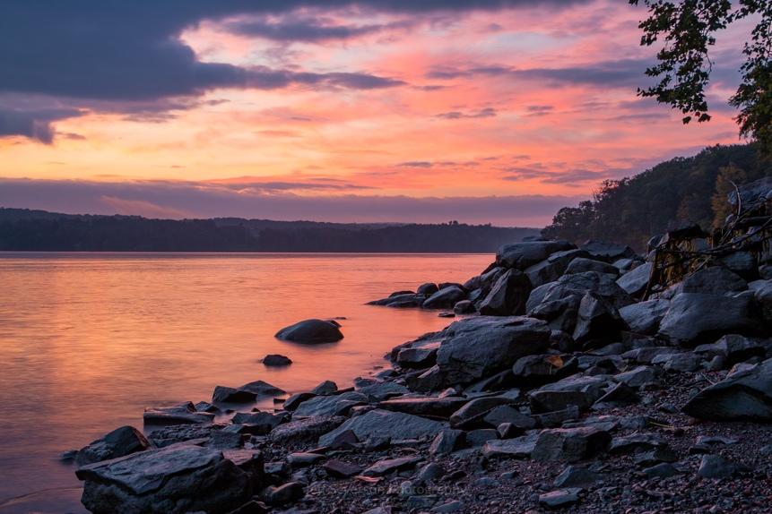 October Dawn Over the Hudson I (2018)